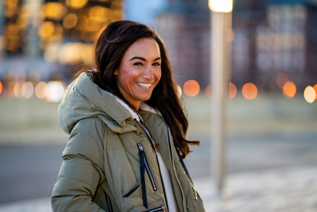 Model wearing Amazon Coat.